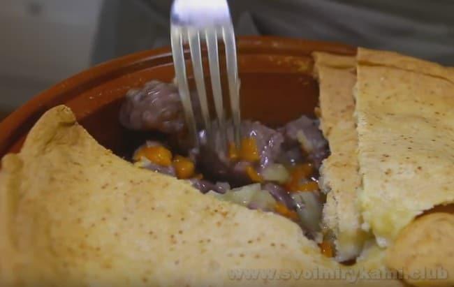 Вот мы и рассказали о самых популярных способах того, как вкусно приготовить тушеную картошку с мясом.