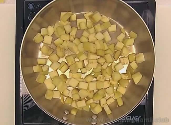 Рецепт перцев, фаршированных баклажанами, наверняка понравится многим любителям этих овощей.