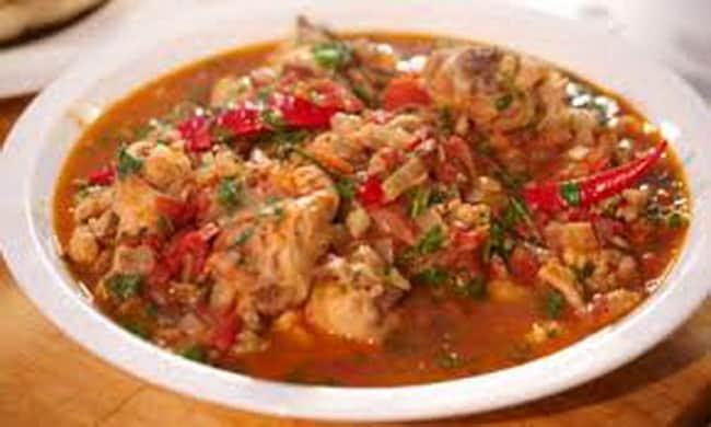 Вот такое чахохбили по-грузински я приготовила из курицы с орехами