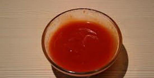 Разбавляем томатную пасту водой