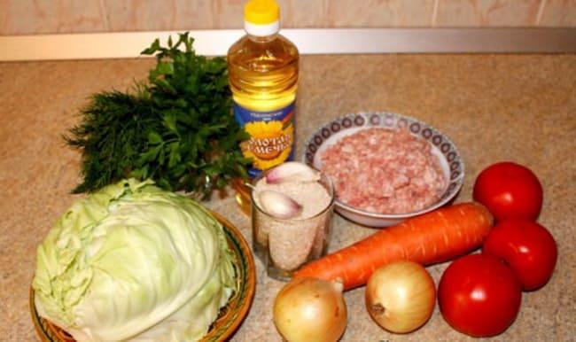 Чтобы приготовить ленивые голубцы с фаршем и белокочанной капустой, понадобятся такие ингредиенты