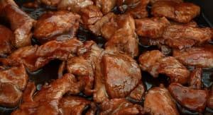 Мясо для рагу лучше сразу обжарить на сковороде