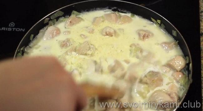 Пошаговый рецепт приготовления спагетти с курицей в сливочном соусе