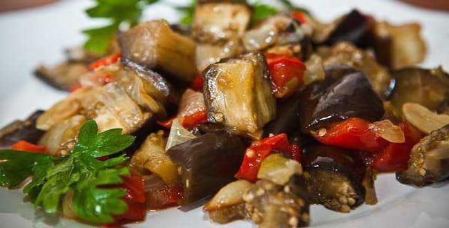 Пошаговый рецепт овощного рагу из баклажанов