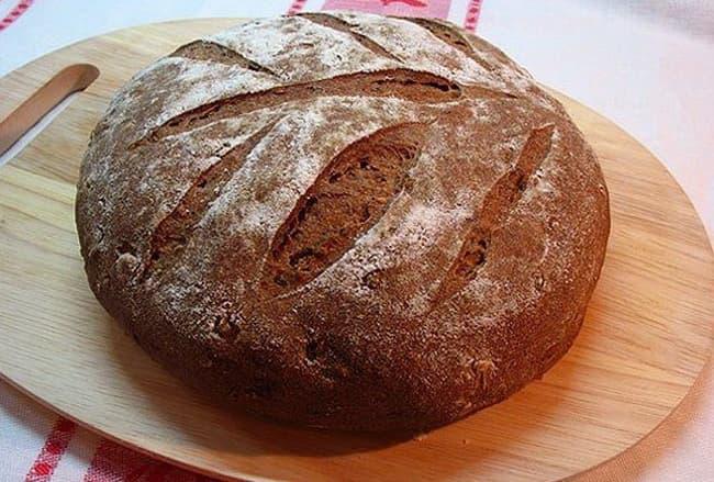 Пошаговый рецепт приготовления черного хлеба в духовке