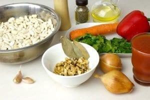 Для приготовления лобио на зиму понадобятся такие ингредиенты