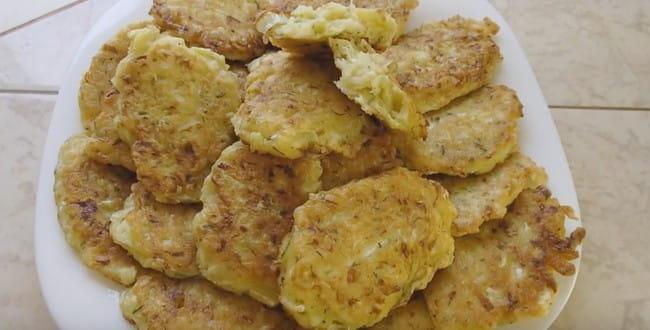 Рецепт приготовления капустных оладий с фото