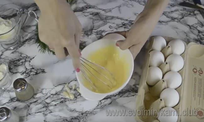 А вот еще один рецепт с фото, который поможет приготовить яичные блинчики с начинкой.