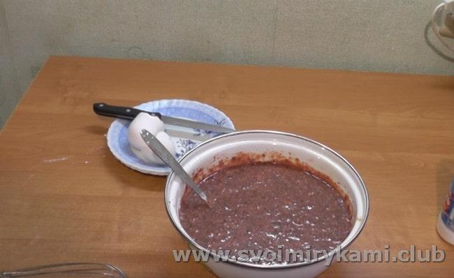 Для жарки можно также добавить в тесто немного растительного масла.