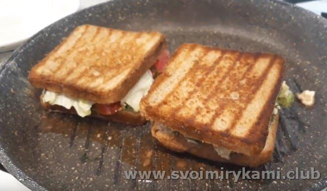 надеемся, вам пришелся по вкусу рецепт сэндвича с тунцом.
