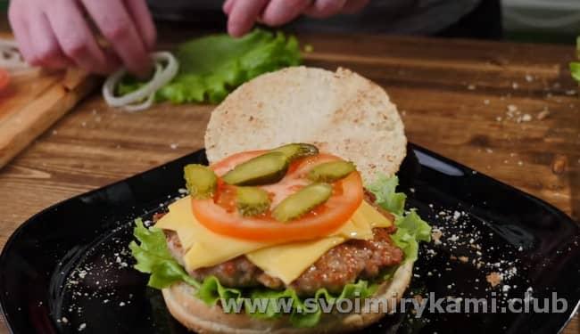 Формируем наш гамбургер.