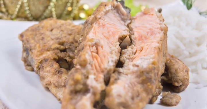 Горбуша в ореховом кляре, жареная на сковороде — невероятно вкусно