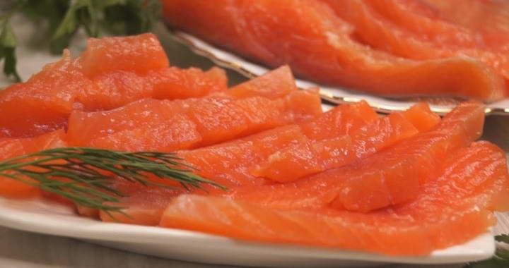 Как засолить лосось или любую другую красную рыбу