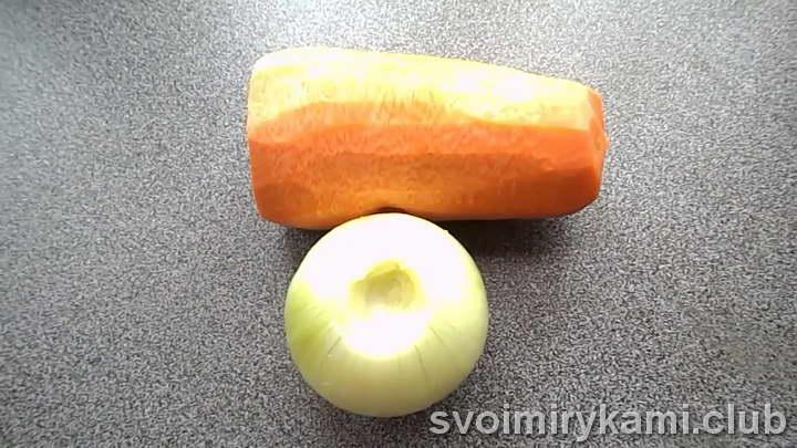 минтай в духовке с морковью и луком рецепт с фото