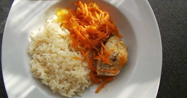 Нежный минтай, запеченны в духовке с морковью и луком🐟