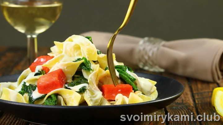 паста с лососем в сливочном соусе видео