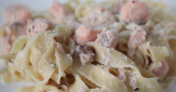 Паста фетуччини с лососем в сливочном соусе — готовим вкусный ужин