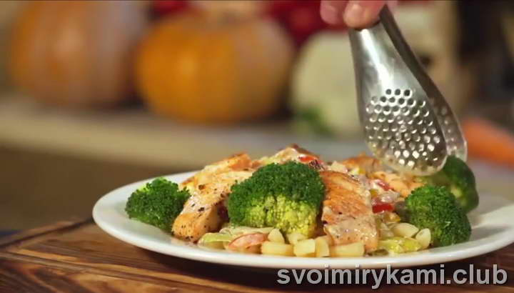 паста с семгой в сливочном соусе с брокколи