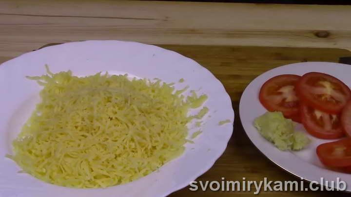 рецепт горбуши запеченной в духовке в фольге под сыром
