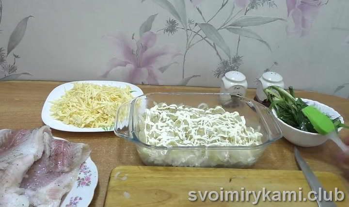 рыба с рисом в духовке простой рецепт с фото