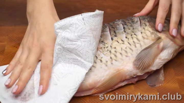 рыба в духовке простой рецепт с фото