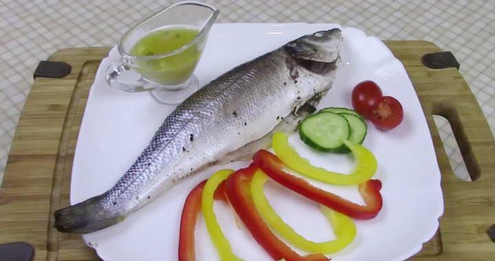 Сибас, запеченный в духовке в фольге — самый вкусный рецепт