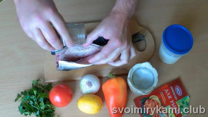 скумбрия с овощами в духовке рецепт