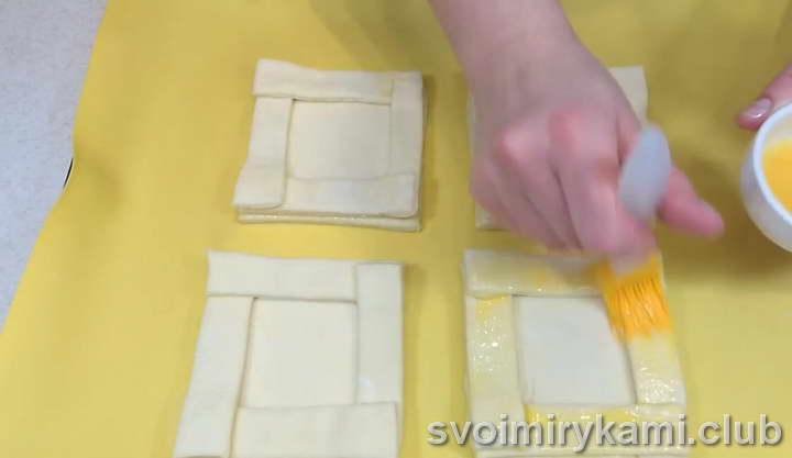 ватрушки из слоеного теста рецепты