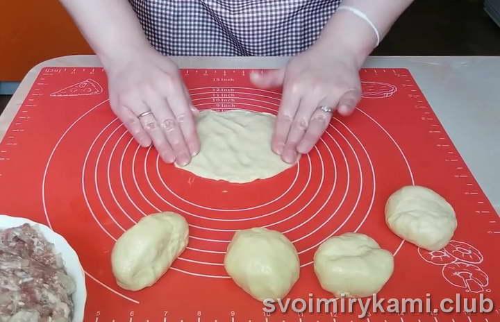 беляши на кефире на сковороде вкусный рецепт с фото