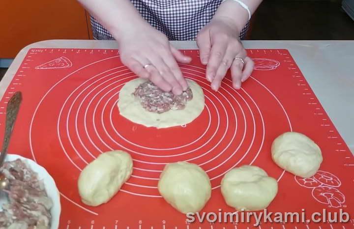 беляши на кефире на сковороде быстрый рецепт