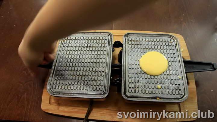 вафли в вафельнице хрустящие на маргарине легкий рецепт