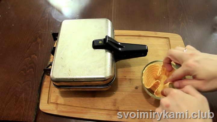 вафли в вафельнице хрустящие на маргарине легкий рецепт с фото