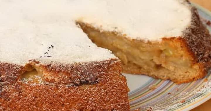 Постная шарлотка с яблоками по простому пошаговому рецепту с фото 🍎