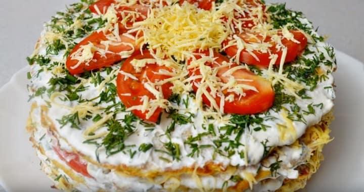 Легкий торт из кабачков с помидорами 
