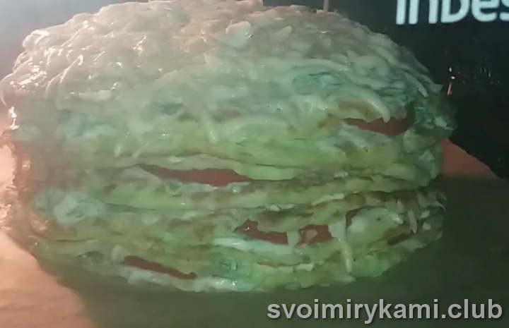 Помещаем торт в разогретую духовку