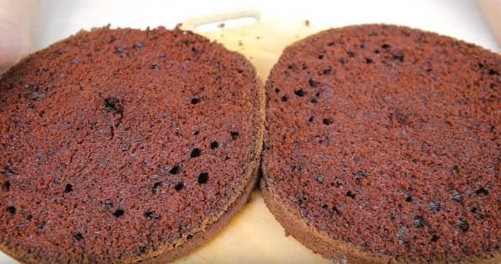 Бисквит «Шоколад» на кипятке — отличный десерт к чаю 