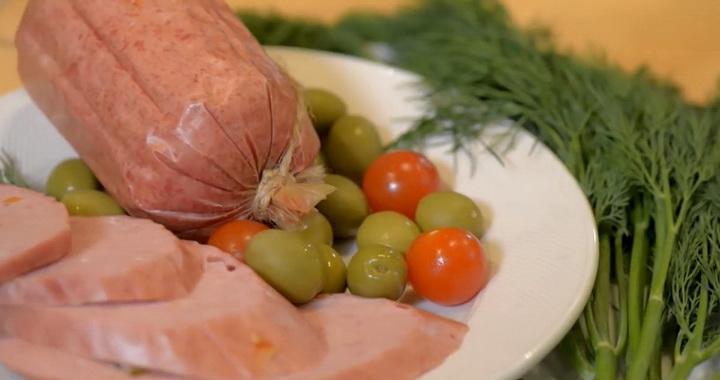 Вареная «Докторская» колбаса 🥝 в домашних условиях