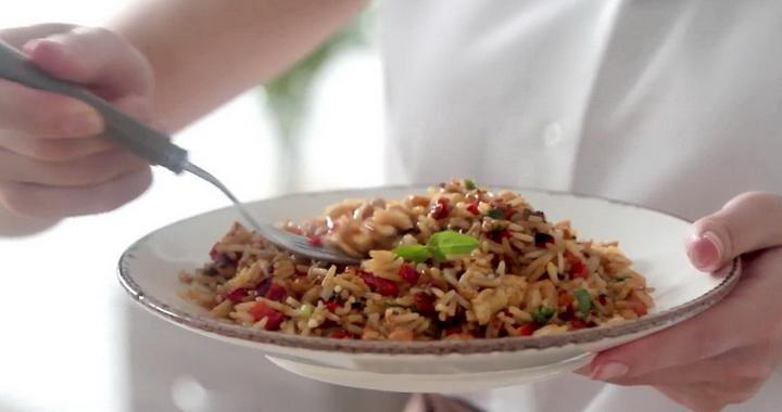 Рис с овощами и курицей 🥝 по-тайски