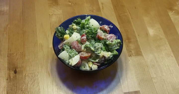 Салат из брокколи 🥝 — простой рецепт
