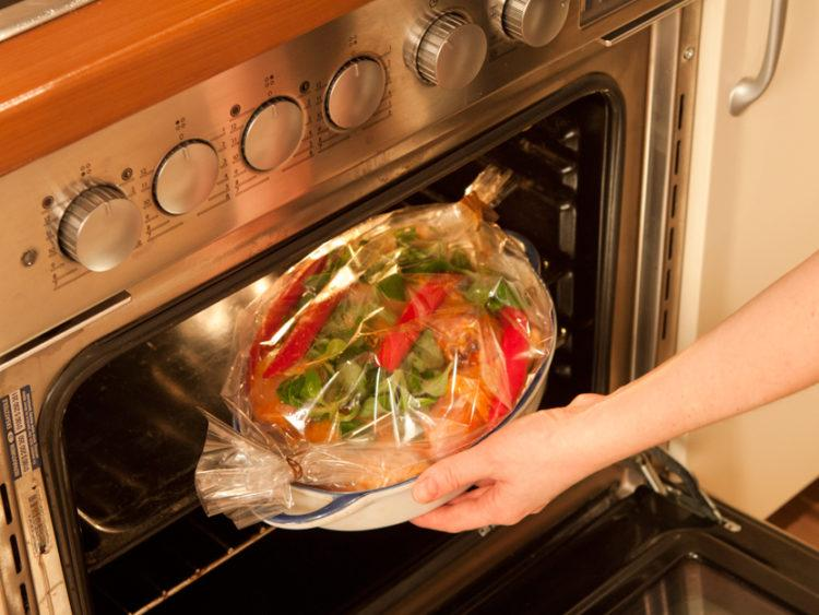 Рецепты вкусных блюд, запеченных в рукаве